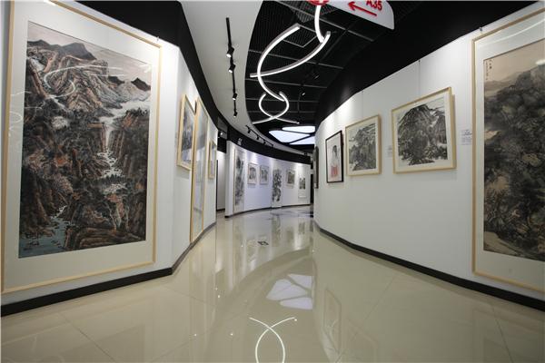 中國人民大學畫院2019屆中國書畫課題研修班結業作品展于宋莊萬恒藝術館開幕