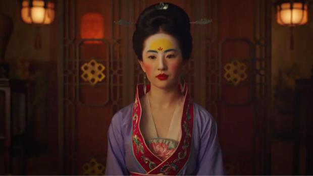 """《花木兰》刘亦菲妆容像日本艺伎?实为古代""""额黄妆"""""""