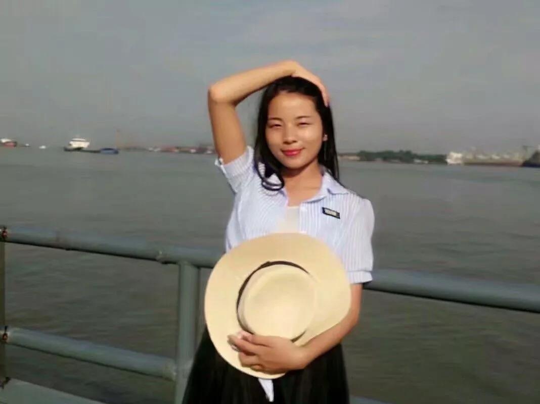 2019届武汉工程大学助学班优秀毕业生风采||石小亚