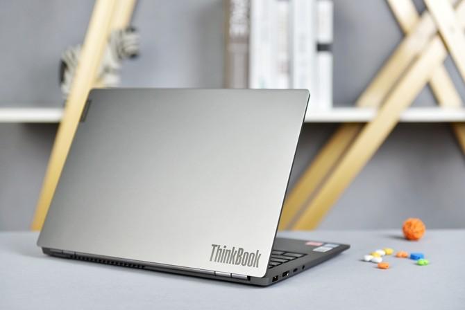 ThinkBook 14s笔记本评测 时尚设计 服务职场年轻人