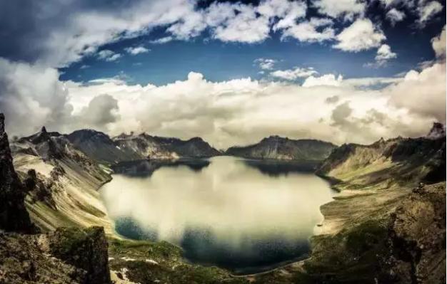 长白山,从来不是一个旅游景点