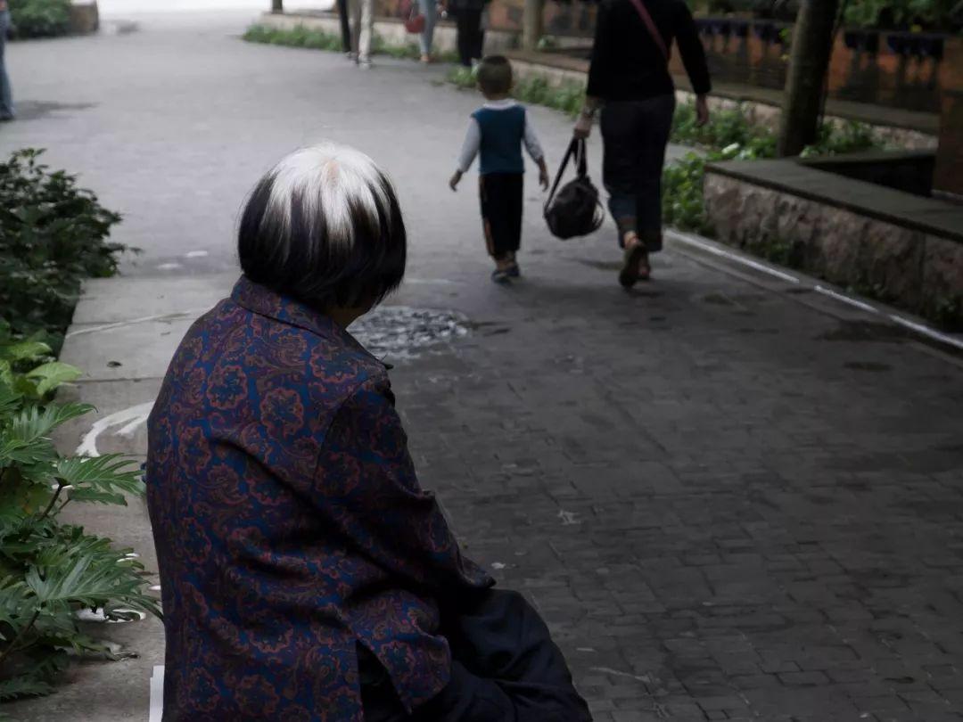 80岁老母亲给儿子的遗书:谢谢你们照顾我,若有来生,再也不见