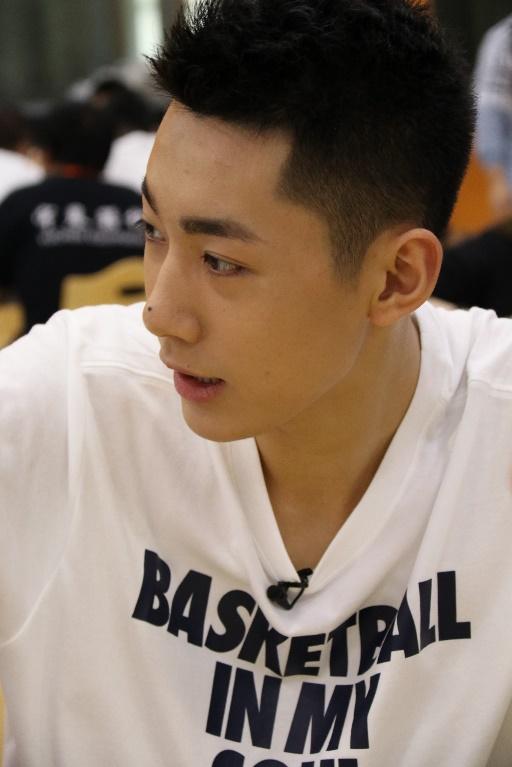 篮板下少年集结 王大陆Justin黄明昊暂别演艺圈