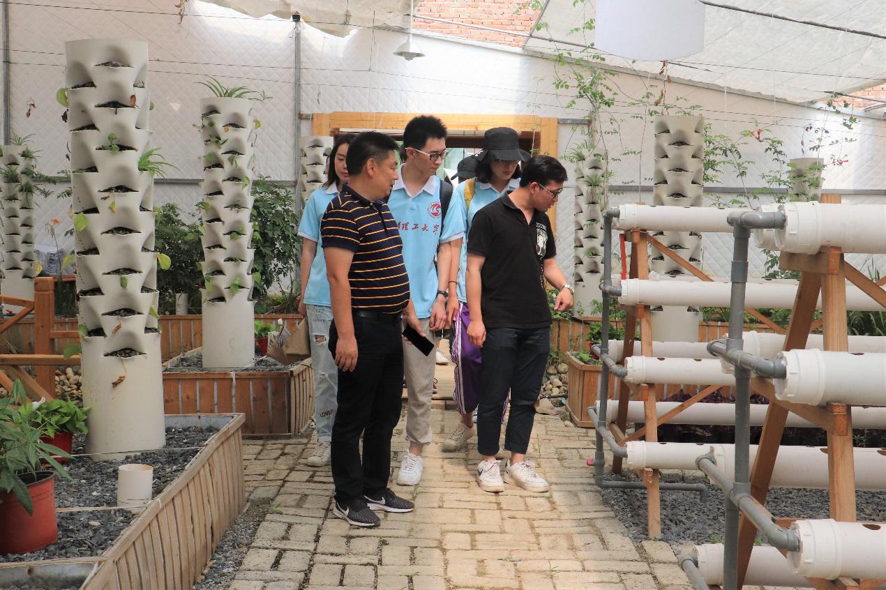 """武汉理工大学""""经准e农""""实践队――深入农贸市场"""