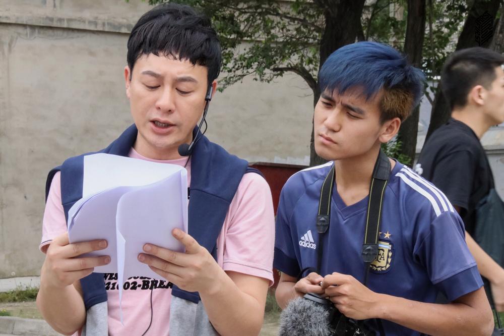 张颂文现身FIRST影展训练营 实景授课十位青年导演