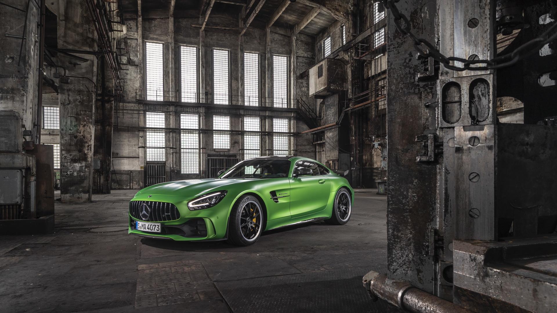 奔驰Mercedes-AMG GT R Pro 限量版 硬核车型