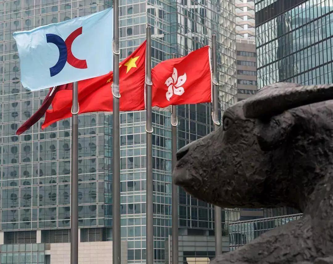 来香港,收割一个时代