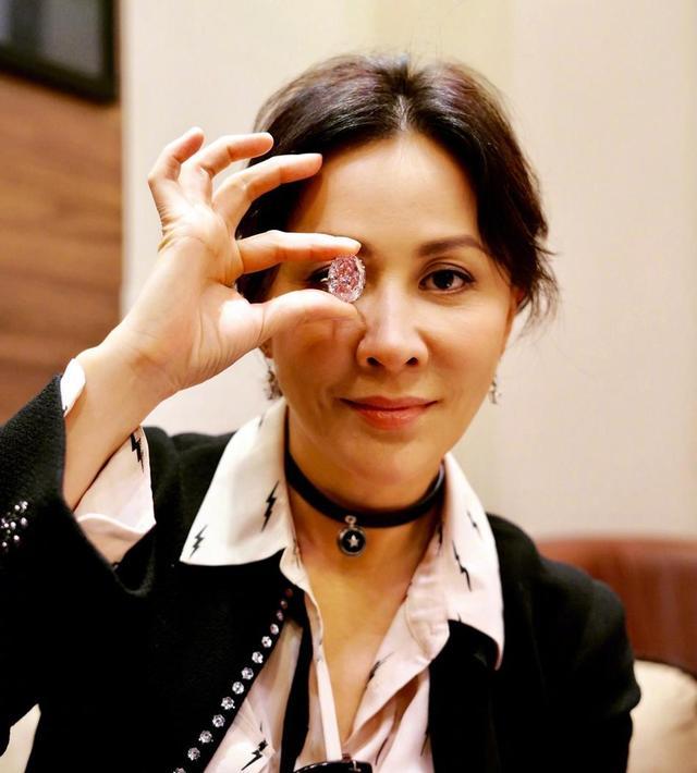 梁朝伟接漫威电影大反派角色遭受质疑,刘嘉玲回应劝网友保持冷静