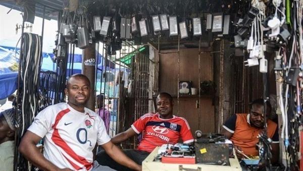 非洲人如何为手机充电?的照片 - 12