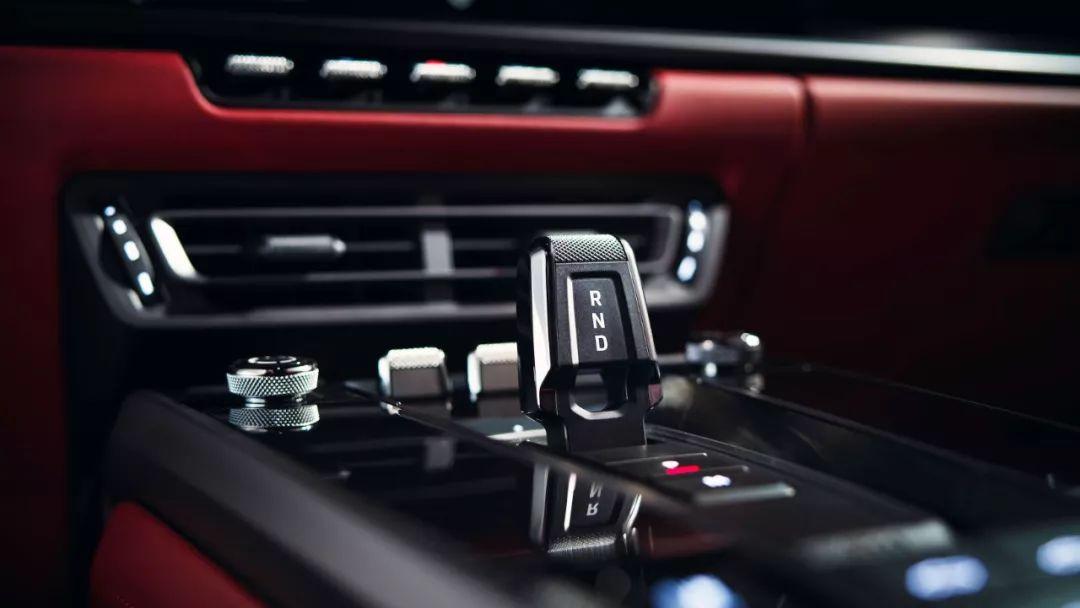 最便宜的新911来了:保时捷992入门级车型官图发布的照片 - 3