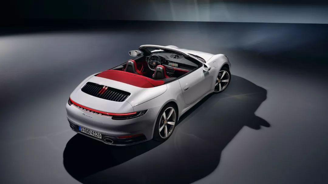 最便宜的新911来了:保时捷992入门级车型官图发布的照片 - 9