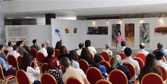 徐适――新意象油画世界巡展在摩洛哥首都拉巴特�爰揖缭好朗豕萁铱�序幕
