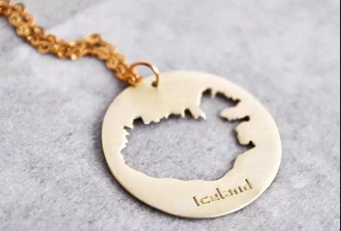 冰岛地图饰品