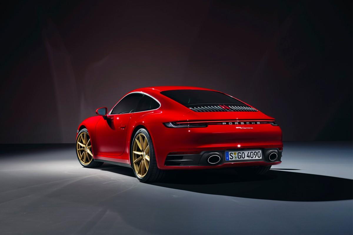 保时捷全新入门款 911 Carrera 及敞篷版 Cabriolet 发布
