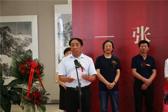 庆祝新中国成立70周年 红山文化艺术培训中心导师张怀勇丝路驼铃声美术作品展在赤峰美术馆开展
