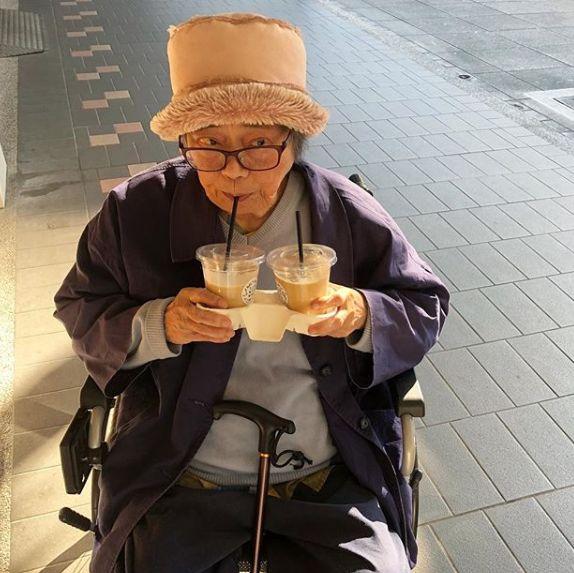 88岁阿嬷晒生活日常,引无数网友围观催更