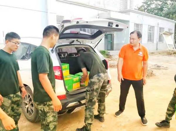 河北邢台市举办庆八一慰问武警官兵活动