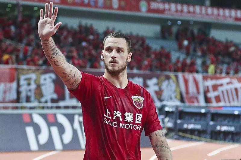 恒大锋霸5场6球,他被上海上港耽误了整整3年!