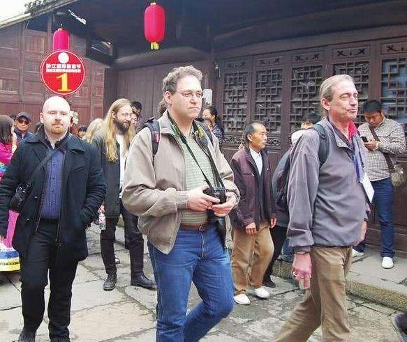 """赴中日本游客担心""""人身安全"""",国外网友讲起了故事会..."""
