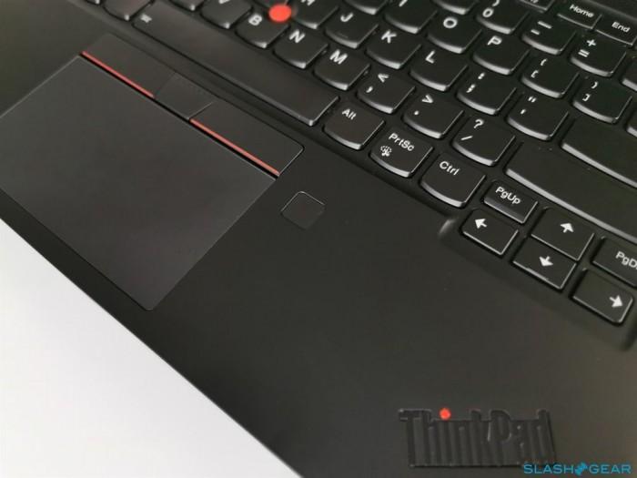 顶配版ThinkPad X1 Carbon评测:牺牲续航换4K屏幕值吗的照片 - 4