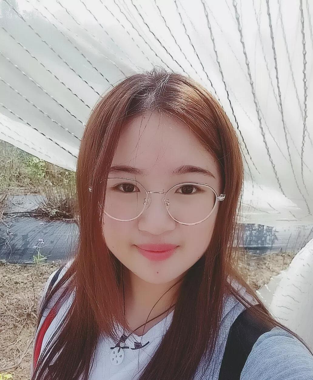 2019年优秀毕业生  郑梦恩