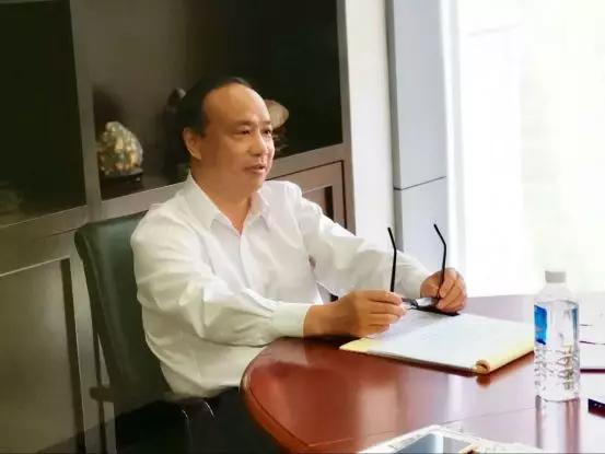 雷士照明董事长王冬雷