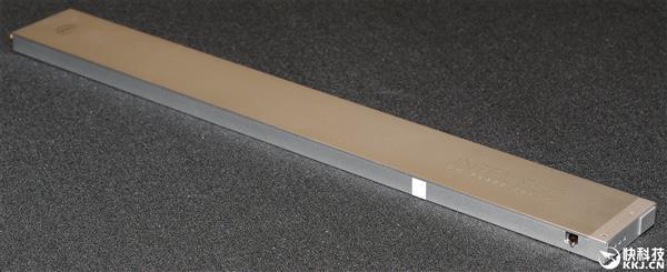 "Intel""40米长尺""SSD全新形态:M.2被完美取代的照片 - 3"