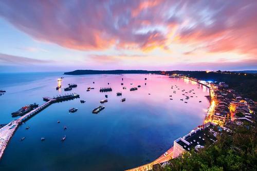 跟着锦江之星过暑假丨狂欢开海节,畅游北海