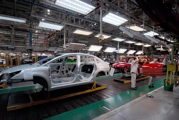 中国汽车进入淘汰期 自主品牌50%面临倒闭