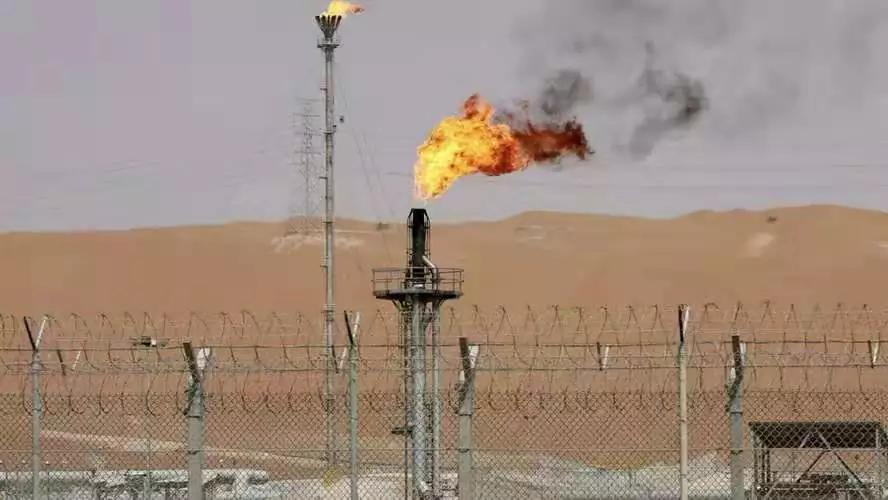 阿联酋强烈谴责胡塞无人机对沙特油田的袭击