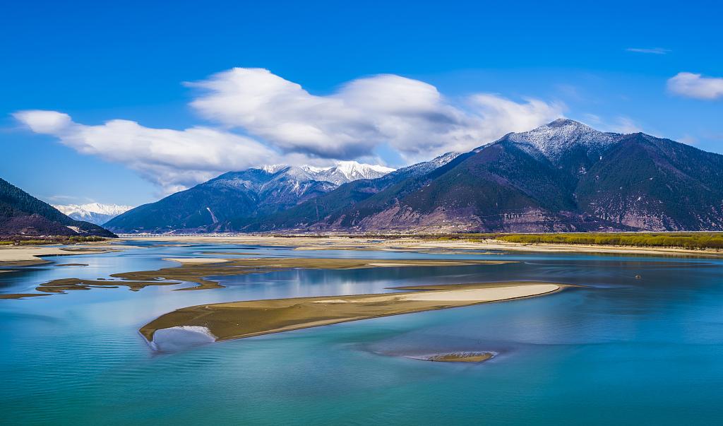 让雪莲花绽放得更加美丽 ——新奥集团支援西藏发展工作纪实