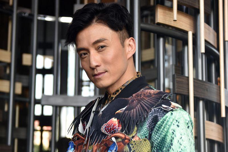 TVB男配隐婚期间,与赌王千金拍拖被指吃软饭,如今42岁再娶娇妻