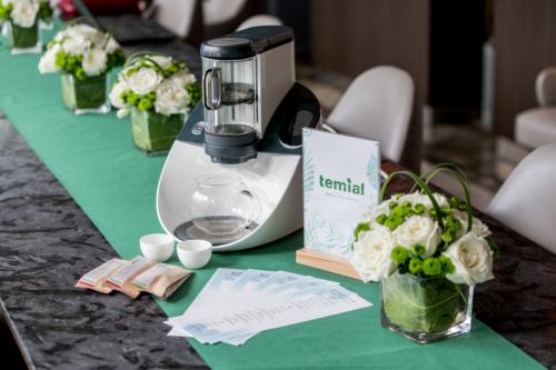 魔都夏季避暑指南——在地下88米的五星级酒店品Temial知淳奢享下午茶
