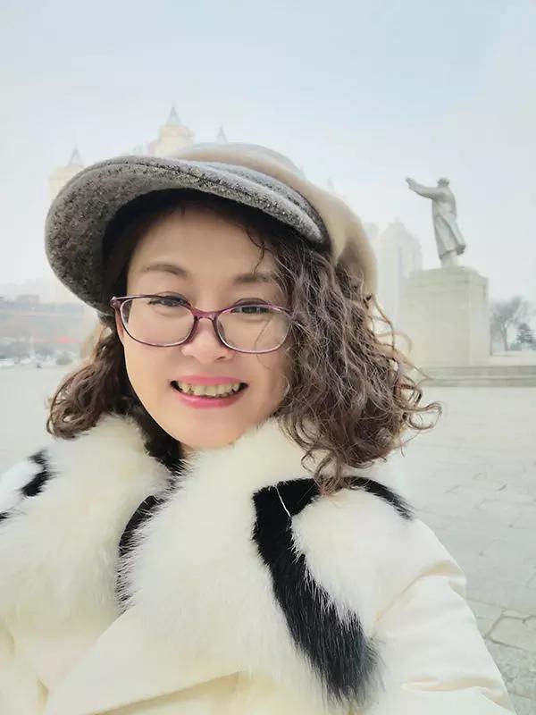 艺术家王洪雁——自然洒脱 以情入画