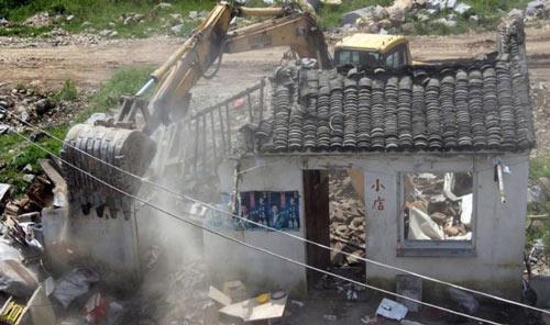 公安部:禁止警察参与征地拆迁,否则将严惩不贷