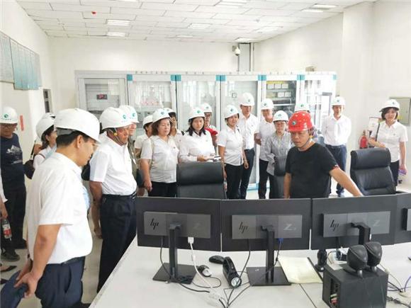 """新疆库尔勒开展""""抓安全生产、促社区稳定""""主题党日活动"""
