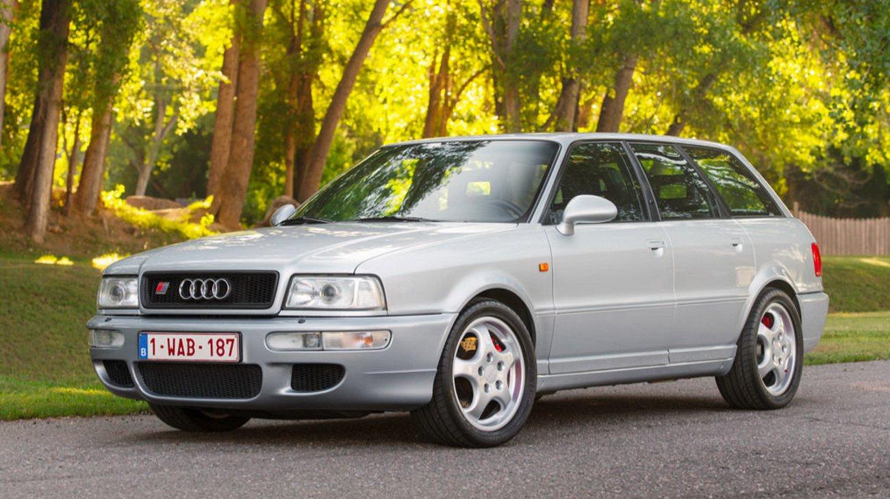 一辆1994年奥迪RS2 AvantQuattro全时四轮驱动三个