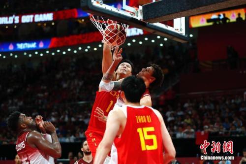 """男篮世界杯:中国男篮仍需""""内外兼修"""""""