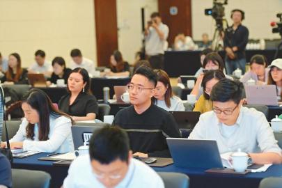 四川省彝区藏区失辍学学生已劝返6.1万多人