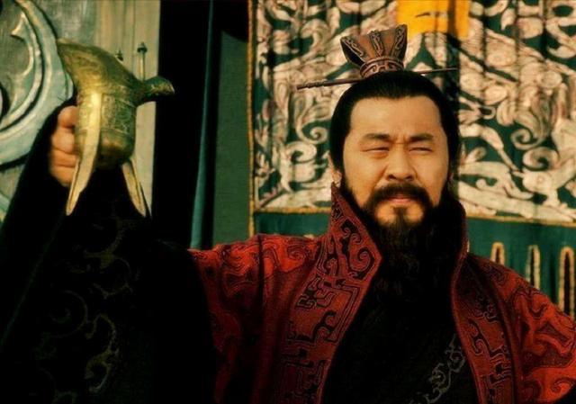 原创这个人很厉害,三个女儿都成了皇帝的女人,但他却被后世痛骂不已