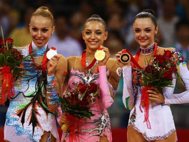 俄罗斯体操女神,因为发育过快无奈退役,如今成世界知名模特