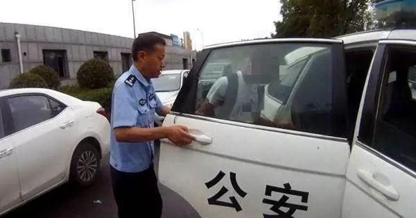 15岁儿子偷了部万元手机,父亲竟奖励他一顿丰盛的大餐??