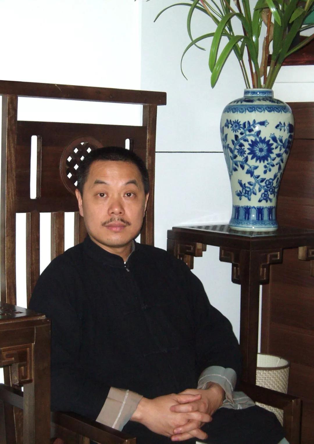 【砚边谈艺】一花一世界——读陈湘波的工笔画