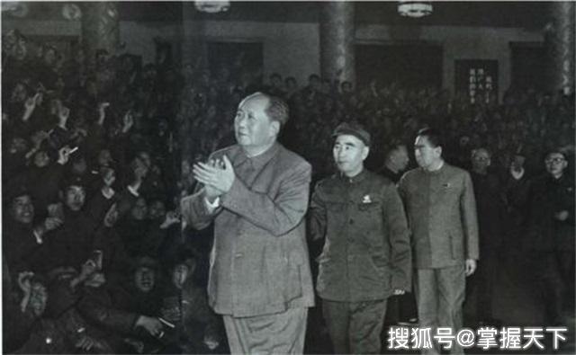 """林彪平时沉默寡言连邓小平都说:""""这一点很厉害!"""""""