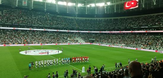 贝西克塔斯主席希望看到中国球队亮相沃达丰球场