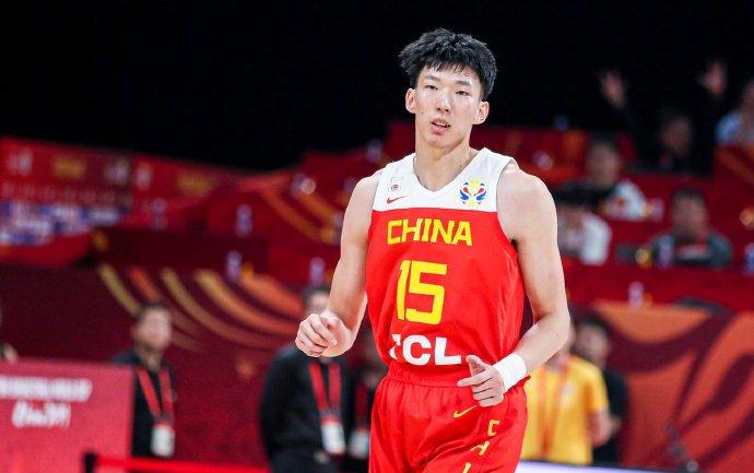 原创宫鲁鸣,全中国最会使用周琦的主教练