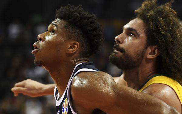 """瓦莱乔37岁了,他还是篮球世界最稳定的""""影帝"""""""