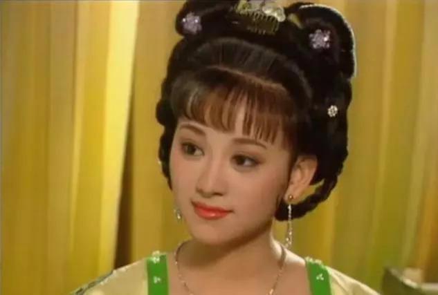 盘点毛戈平女星妆容,佟丽娅美艳,刘亦菲清纯,刘晓庆如16岁少女