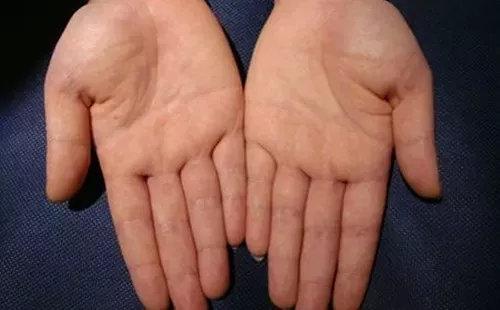 如何通过手形看一个人基本的性格与价值观?