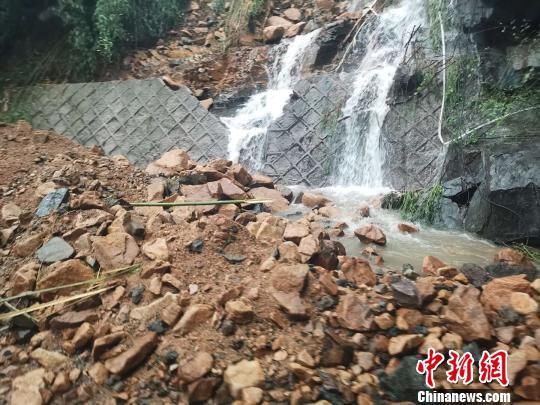 杭州余杭山区突降大暴雨致30余间房屋倒塌暂无人员伤亡